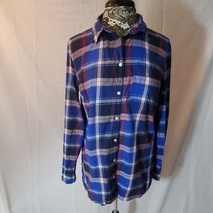Old Navy Classic Button up Shirt Size L